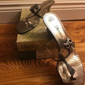 Adorable gold owl heels
